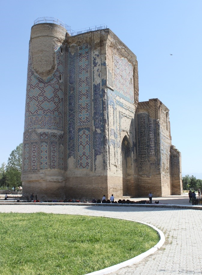 ouzbekistan-paysage-monument